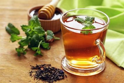 Avec la consommation régulière de thé, l'organisation des réseaux neuronaux apparaît renforcée et plus efficace.