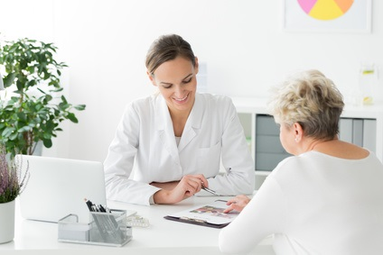 Des niveaux inférieurs de vitamines et d'antioxydants alimentaires spécifiques sont associés à la fragilité associée à l'âge