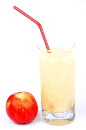 Dans certains cas, les jus 100% à base de fruits peuvent contribuer à améliorer la qualité de l'alimentation des enfants