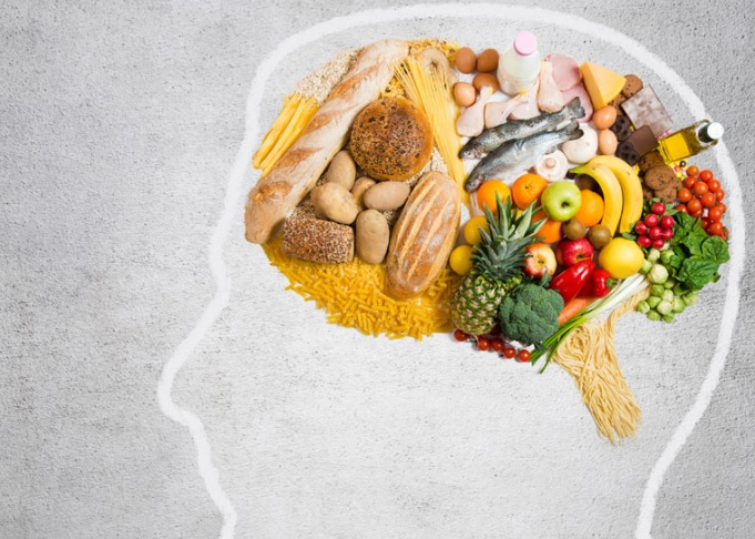 Le régime alimentaire MIND (Mediterranean-DASH Diet Intervention for Neurodegenerative Delay) ne porte pas son nom pour rien.